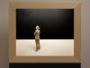 Peter Demetz -  donna che osserva 2014 - tiglio acrilico e neoon - cm 55x65x15,5